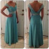 Nice dress, wrong color. Was supposed to be Emerald not Aqua. However, it's a well made dress.